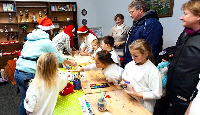 Kinderanimation bei Weihnachtsmarkt in Leppin